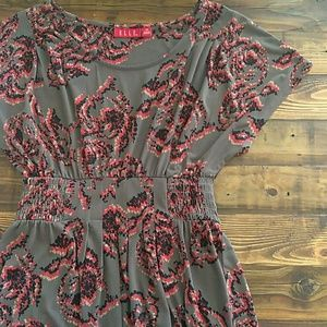 Elle XS dark gray and black knee length dress